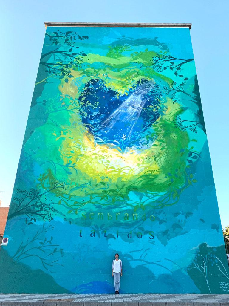 """María Ortega Estepa. Mural """"Sembrando Latidos"""". Centro de Salud Zona Sur, Mérida. Proyecto Murales con Objetivos"""