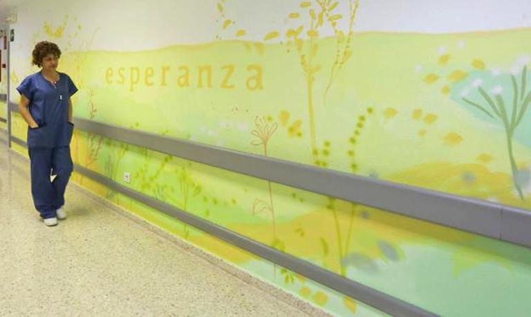 "María Ortega Estepa. Mural ""VIDA. ESPERANZA.CAMINO"". UCI Hospital de Mérida."
